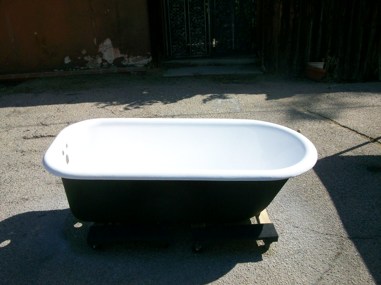 Clwa Foot tub (after-outside done in matte black)